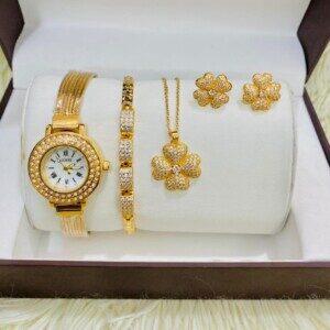 Coffret bijoux dorés motif...