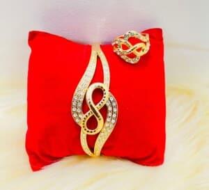 Ensemble bracelet-bague doré perlé...